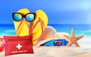 Ετοιμάστε μαζί με τη βαλίτσα και το φαρμακείο των διακοπών σας!
